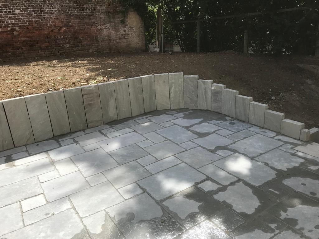 26 Terrasse - Pavage - Opus romain - Himalaya grey - Palissade Kandla - Aménagement extérieur - Laurent Hubert